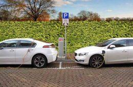 recharger-voiture-electrique